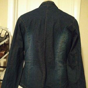 Jackets & Blazers - Woman's clothing